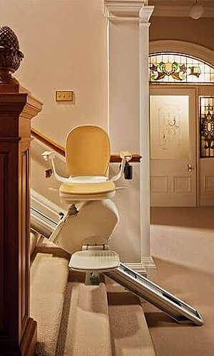Cadeira elevador para escada reta
