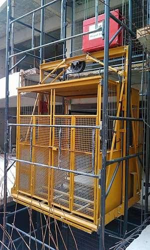 Elevador cargueiro em Porto Velho