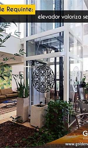 Elevador panorâmico para residência