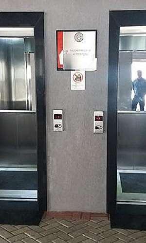 elevador para hotel