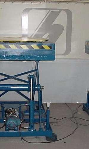 Mesa elevadora hidráulica