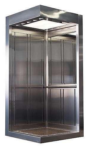 Modernização de elevador em cabine