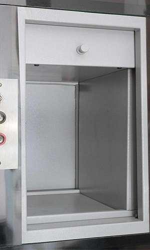 Montagem de elevador de carga