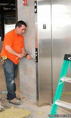 Reforma de elevadores