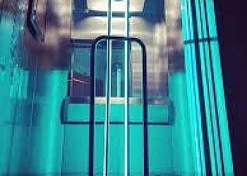 Sistema de higienização de elevador com UVC Sobral
